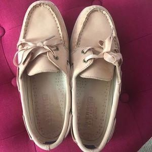 Sperry Topsider blush loafers